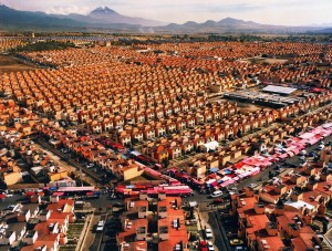 Livia Corona Benjamin's Dos millones de casas para Mexico (Two million homes for Mexico), 2006-2015